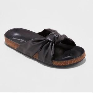 Universal thread Junie Knotted Footbed Sandals